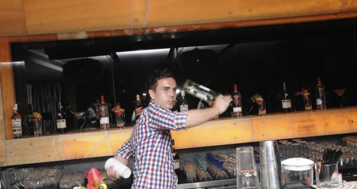 Tomasz Malinowski Flair bartender