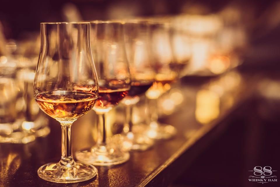 Degustacja rumu i whisky